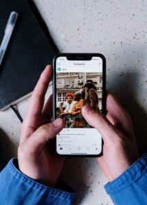 come si fa su instagram a fare repost delle storie